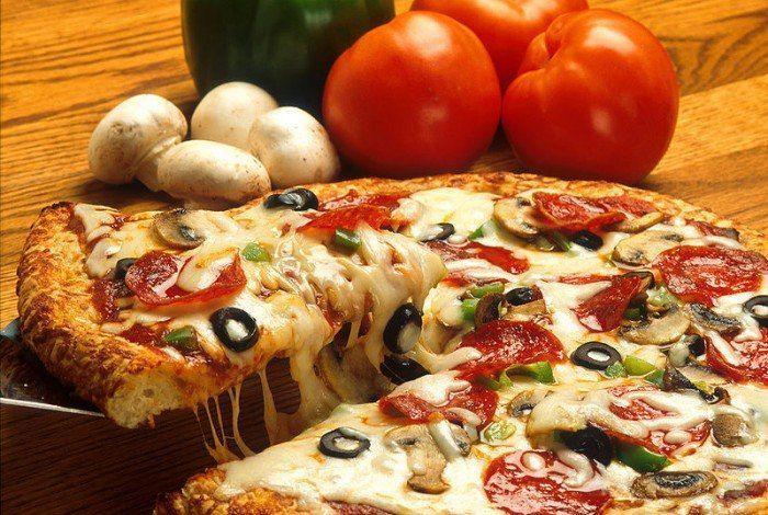 Вкусная пицца!